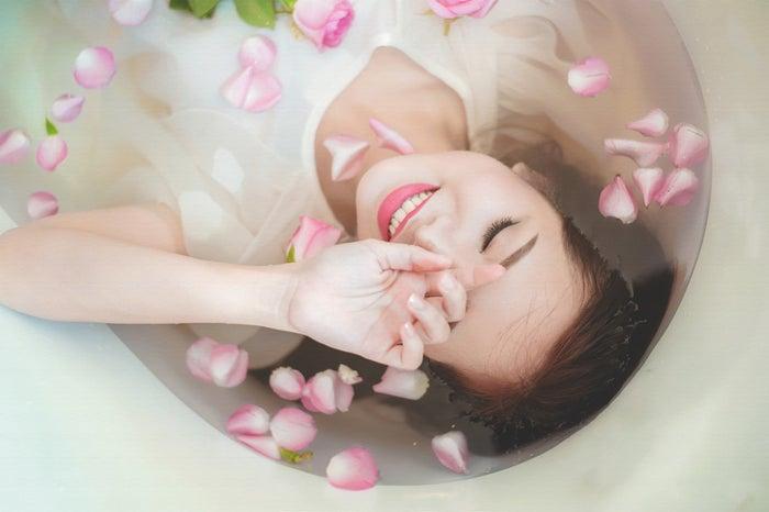 男心をくすぐる女性の特徴5つ│なんだ!意外と簡単かも!/photo by GAHAG
