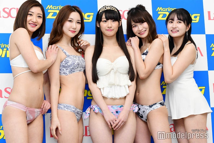 南衣伶夏(中央) (C)モデルプレス