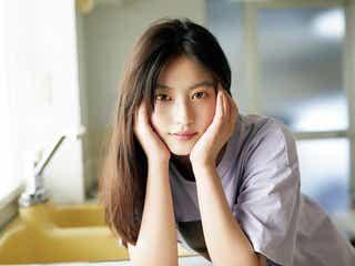 今田美桜、カジュアルコーデで美貌際立つ