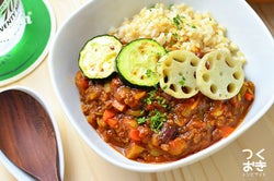 【作り置きレシピ】野菜たっぷり♡夏に食べたいカレーのレシピ<3選>