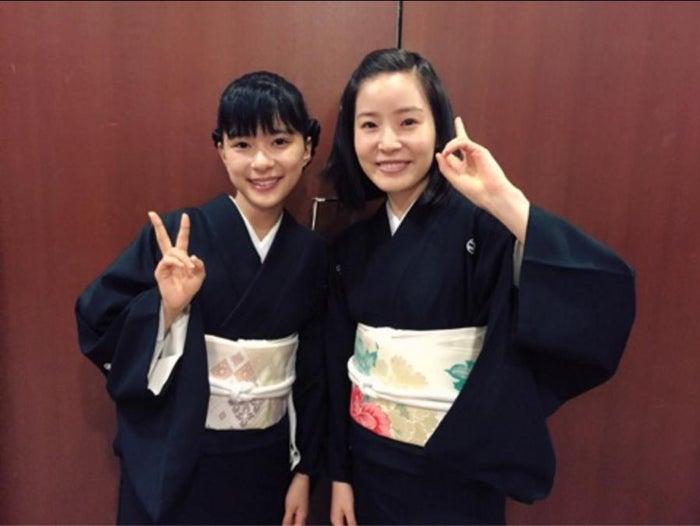 (左から)芳根京子、蓮佛美沙子/芳根京子オフィシャルブログ(Ameba)より