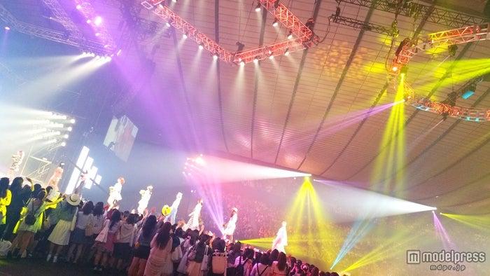 「GirlsAward 2015 SPRING/SUMMER」の様子【モデルプレス】