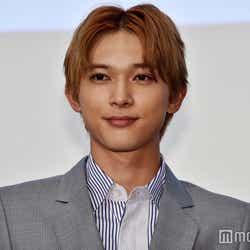 モデルプレス - 吉沢亮、大ファンだった芥川賞作家に絶賛される「すごい顔面」「可能性の塊」<悪と仮面のルール>
