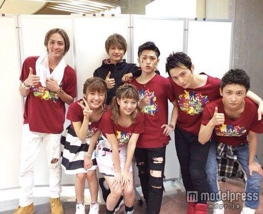 男女7人組パフォーマンスグループ・AAA/画像提供:avex