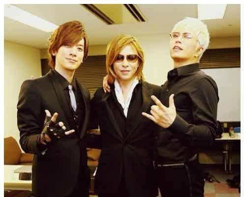X JAPAN・YOSHIKI、GACKT&DAIGOとの豪華3ショットが話題