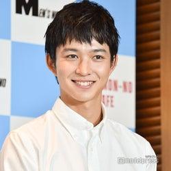 鈴木仁、公式Twitter開設 横顔オフショットに反響