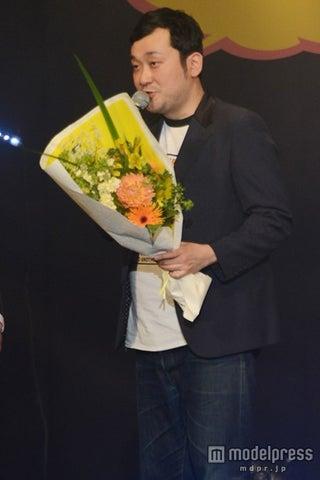 グランジ佐藤大、椿鬼奴と結婚発表後初の公の場で「ご祝儀ちょうだい」