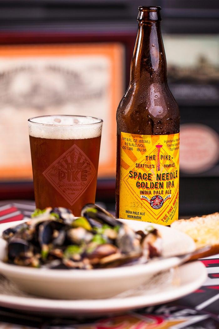 ビールと料理/画像提供:中部国際空港