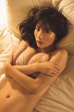 """モデルプレス - """"リアル峰不二子""""小倉優香 艶めかしいボディが輝く 自身初の試み"""