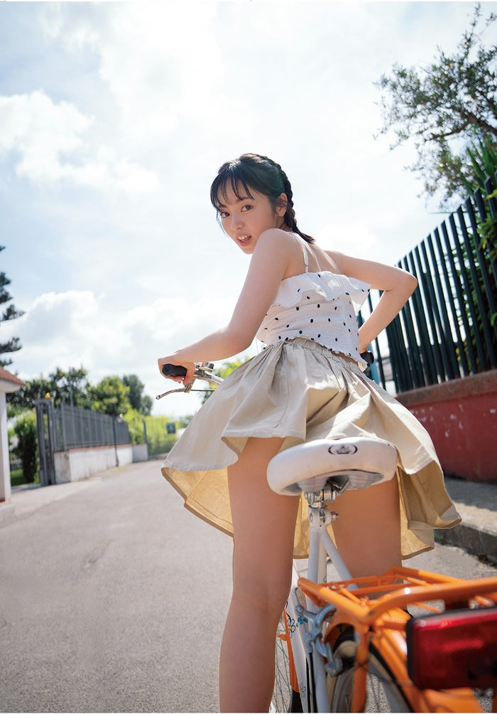 今泉佑唯/写真集「誰も知らない私」より(写真提供:主婦と生活社)