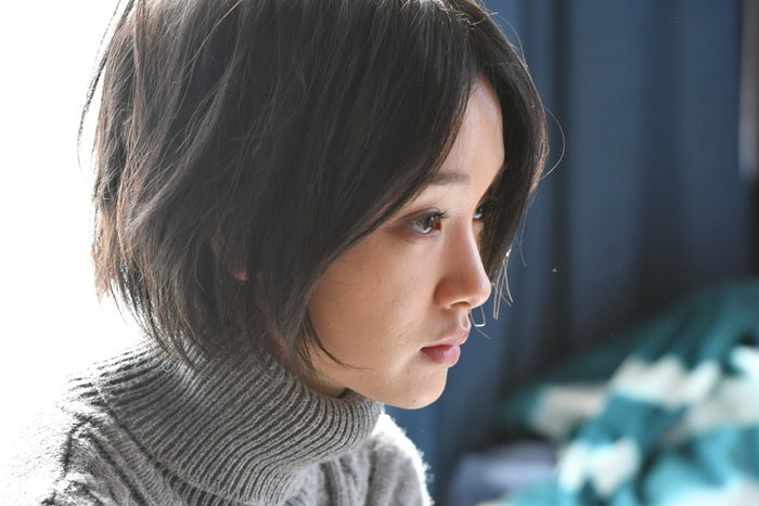 「レンタルの恋」剛力彩芽の正体が明らかに(C)TBS