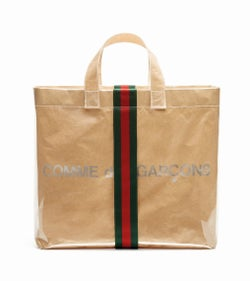 「グッチ」×「コムデギャルソン」 協業バッグを発売