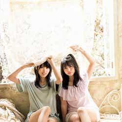 モデルプレス - 欅坂46菅井友香&長濱ねる、ショートパンツで美脚あらわ
