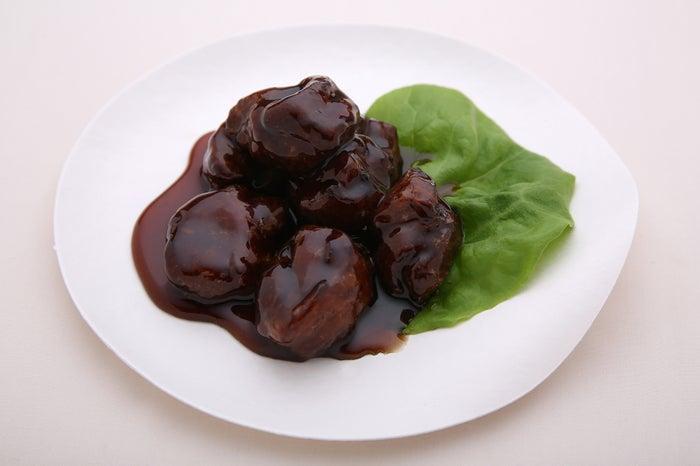 CHEF'S(シェフス)、黒酢豚/画像提供:JAPAN CRAFT SAKE COMPANY