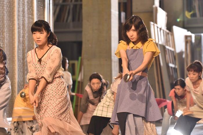 イモトアヤコ、松岡茉優(C)日本テレビ