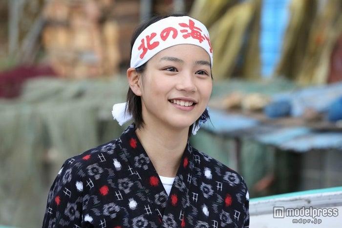 NHK連続テレビ小説「あまちゃん」の主演をつとめる能年玲奈(C)NHK