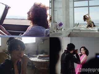 亜希・佐田真由美らが美の競演「悲しみや後悔を愛しながら生きていく」