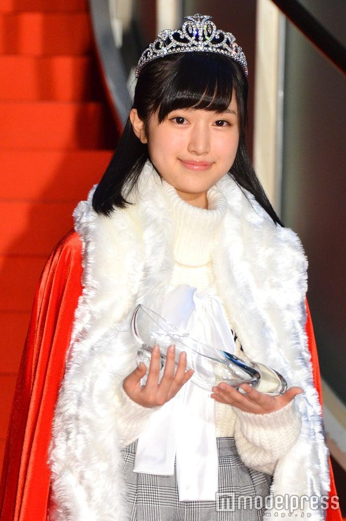 福本莉子さん(C)モデルプレス