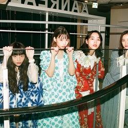 モトーラ世理奈、森川葵、のん、堀田真由/撮影:川島小鳥