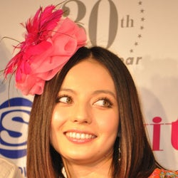 桐谷美玲、ベッキー♪♯ら今話題の女子が大集結「ガールズ フェスティバル2011」開催