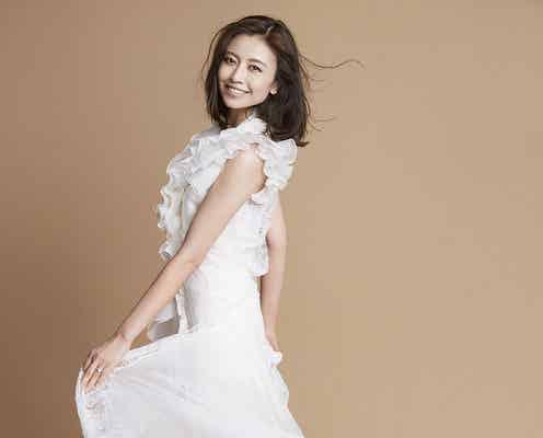 片瀬那奈、大胆カットでオトナのドレス姿 結婚への本音も告白
