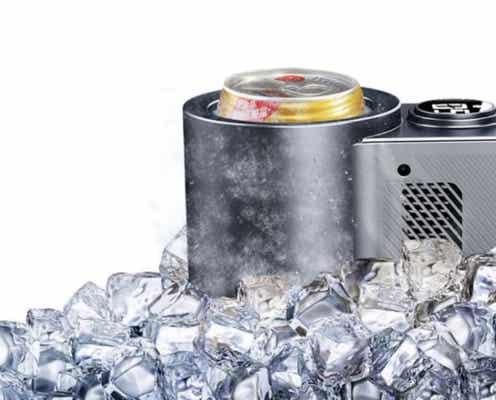 たった5分で、缶ビールがキンキンに冷えるドリンクホルダー。お風呂上がりでもすぐに飲める