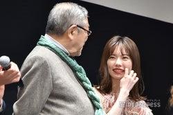 中尾彬、島崎遥香(C)モデルプレス