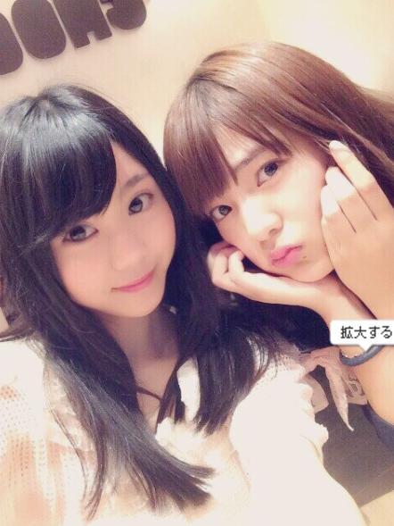 NMB48の西村愛華とフェアリーズの藤田みりあ(藤田みりあ公式Blogより)