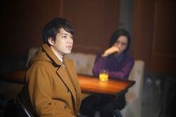三浦貴大 (C)「神酒クリニックで乾杯を」製作委員会2019