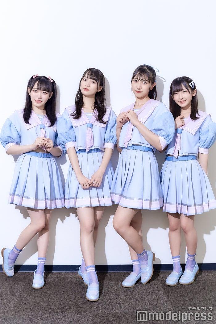 (左から)本田珠由記、冨田菜々風、蟹沢萌子、永田詩央里(C)モデルプレス