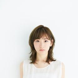 生駒里奈、オフィシャルファンクラブ開設&新写真公開「皆さまに笑顔を届けられる様に」