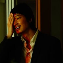映画『ホムンクルス』Netflixにて4月22日より配信決定!綾野剛&成田凌、衝撃の場面写真解禁!