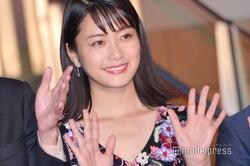 深川麻衣、華やかドレスで大人の美貌放つ<第31回東京国際映画祭>