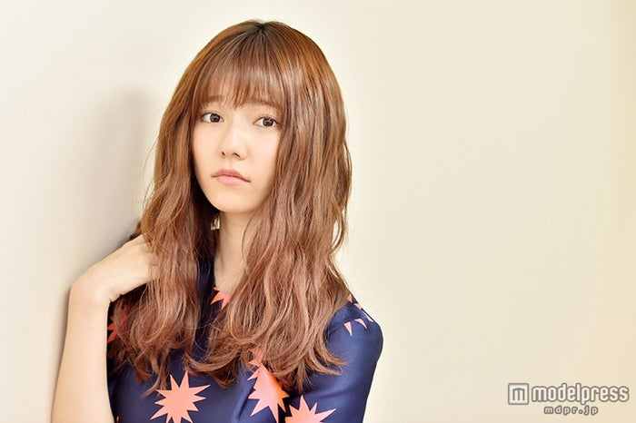"""AKB48島崎遥香「できるまでやる」負けず嫌いな一面 """"許せないこと""""も明かす【モデルプレス】"""