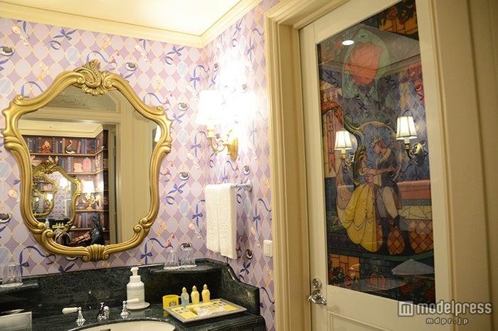 ディズニー美女と野獣ルームのバスルーム