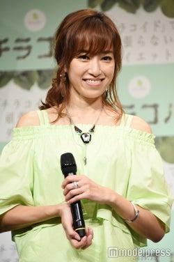 モデル仁香、16歳年下恋人のプロポーズ快諾 涙で胸の内語る