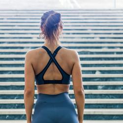 【美背中エクササイズ】背筋を鍛えて美しい背中に!自宅でもできる簡単トレーニング