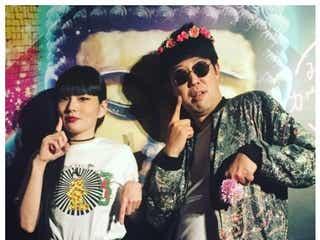 小籔千豊、松田翔太と結婚の秋元梢と2ショット「旦那さんじゃないよ」
