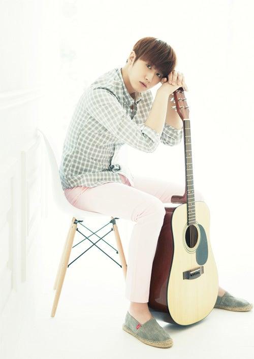 SS501のメインボーカル、ホ・ヨンセンの待望の日本セカンドソロアルバムの発売と...