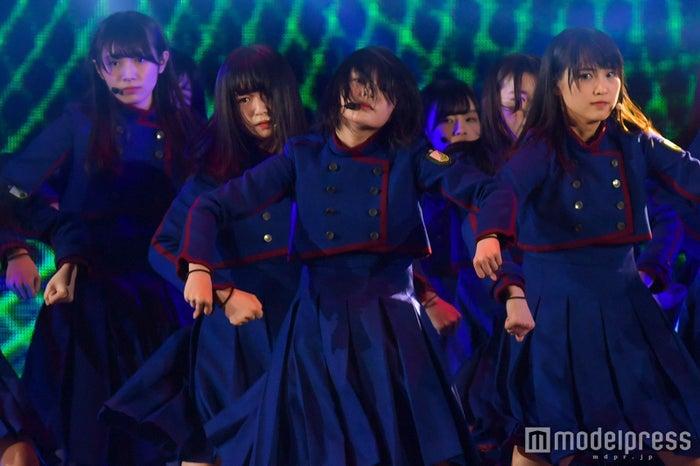 「GirlsAward 2017 SPRING/SUMMER」に出演した欅坂46 (C)モデルプレス