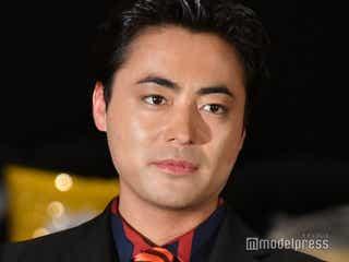 山田孝之、製作総指揮姿を共演者が絶賛「神々しい」「オーラが変わっていた」<聖☆おにいさん>