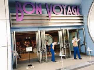 ディズニーショップ、売り場に意外な変化が 「ドラッグストアより在庫ある…」 国内最大級の広さを誇るディズニーショップ「ボン・ヴォヤージュ」。今売り場に異変があるようで…