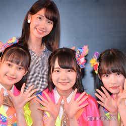 AKB48柏木由紀と鈴木くるみ、田口愛佳、矢作萌夏(C)モデルプレス