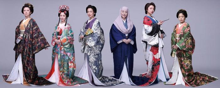 (左から)南野陽子、浜辺美波、鈴木保奈美、松坂慶子、小池栄子、岸井ゆきの(C)フジテレビ