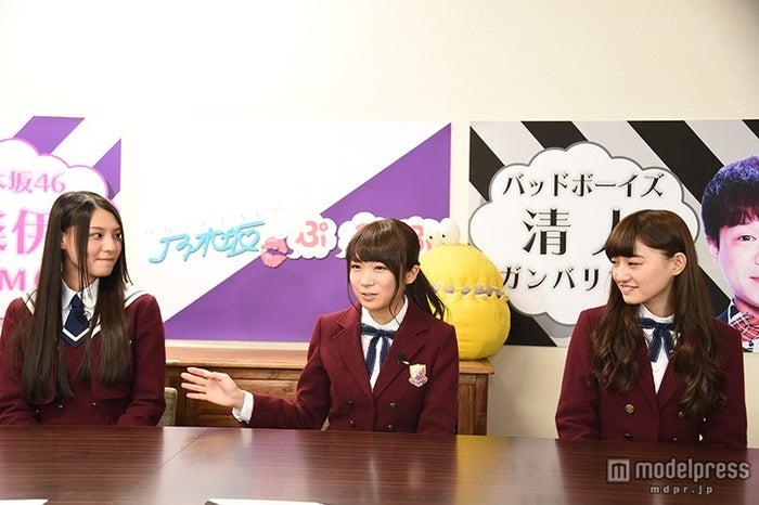 (左から)相楽伊織、秋元真夏、中田花奈