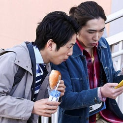 溝端淳平、柄本佑「天国と地獄 ~サイコな2人~」第7話より(C)TBS