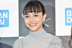 松井愛莉、美人母との幼少期ショット公開「そっくり」「遺伝子強い」の声続々