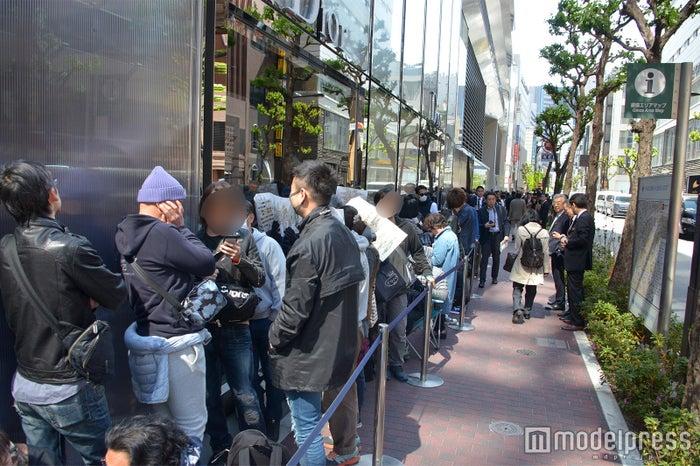 開店前から約2,500人の行列が(C)モデルプレス