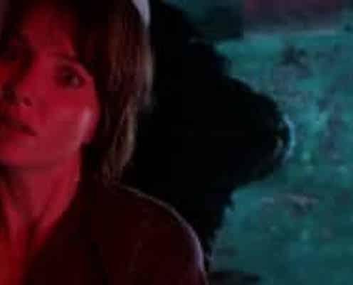 """""""ホラー界の異才""""ジェームズ・ワン監督が製作・監督・原案を担った『マリグナント 狂暴な悪夢』スポット映像が解禁!"""