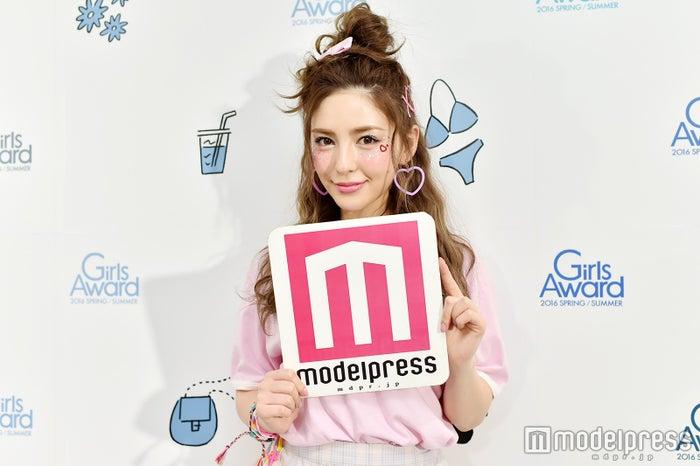 モデルプレスのインタビューに応じたスミス楓(C)モデルプレス
